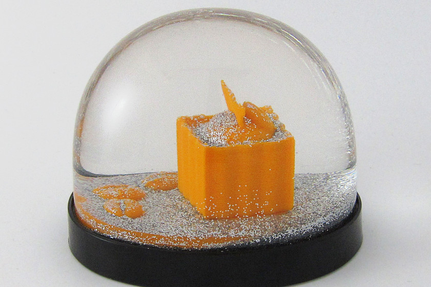 snowdome-kunstschneekugel-028-Praline